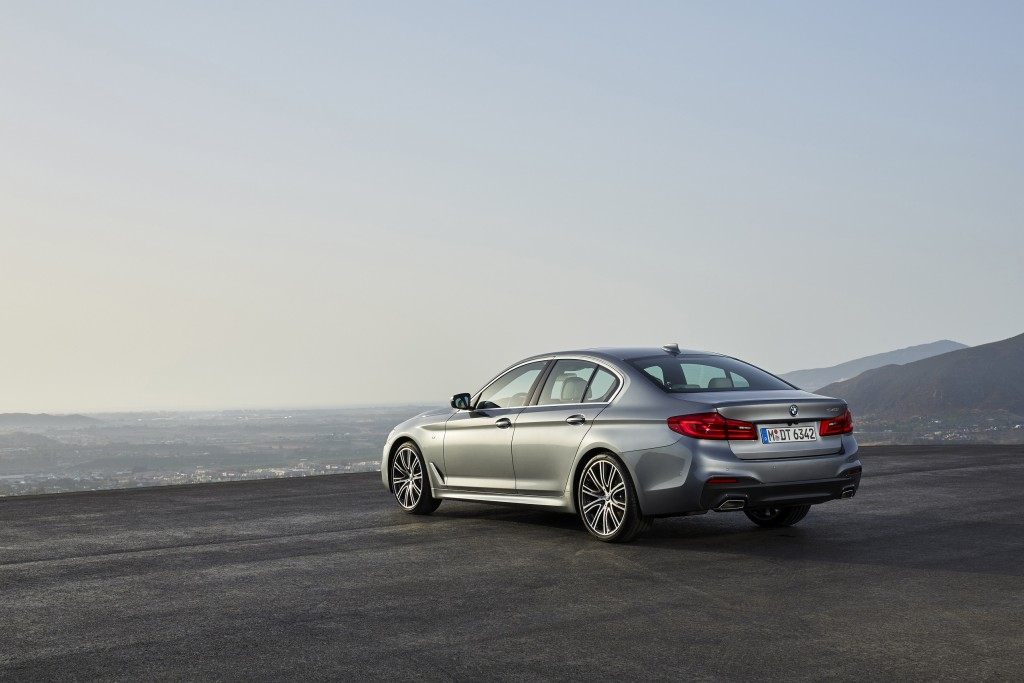 P90237225_highRes_the-new-bmw-5-series